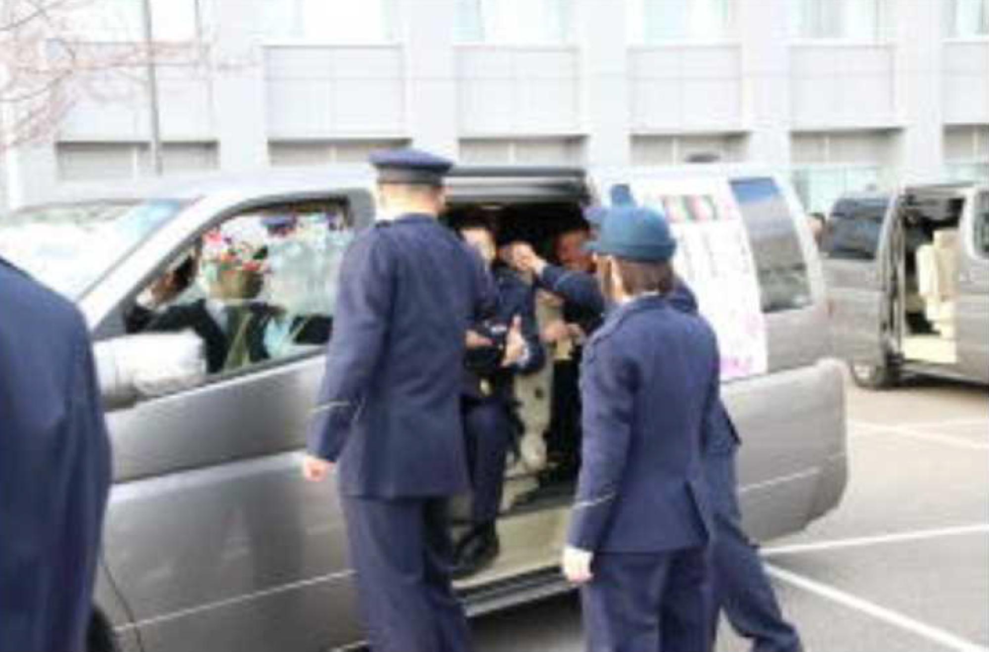 警察 大阪 学校 府